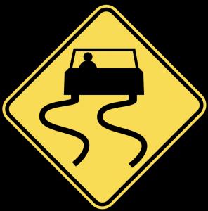 carretera resbaladizo cuando está mojado